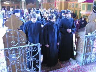Rasoforia părinților: Gheorghe, Andrei și Sava, Mânăstirea Nicula – 23.04.2005
