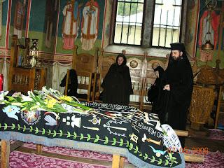 Inmormantarea Monahiei Benedicta(acad. Zoe) Dumitrescu Busulenga, Manastirea Putna…!
