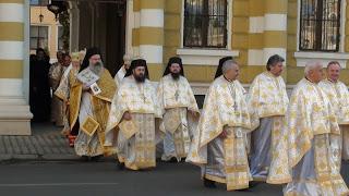 Hramul Mitropoliei Clujului – liturghie, procesiune, piatra de temelie… – 25.03.2012