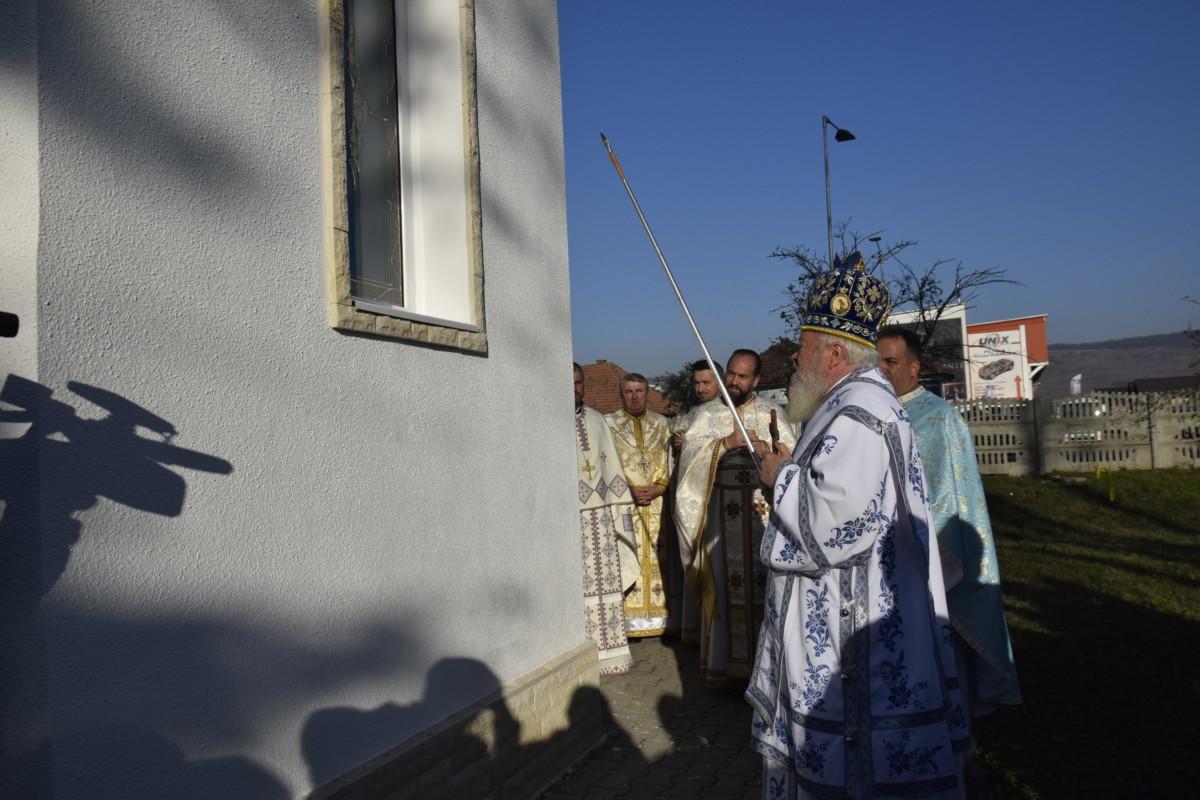 Sfintirea Bisericii  Garnizoanei Floresti