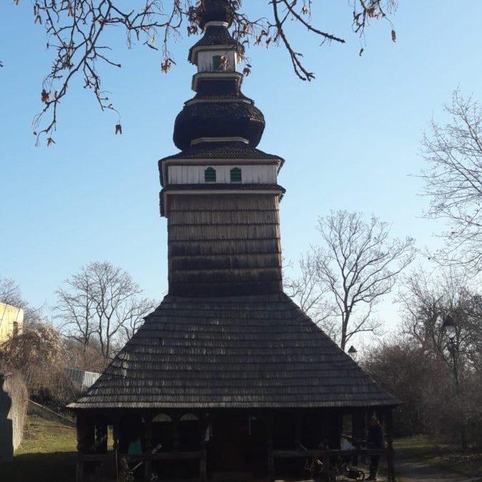 "Duminicaa 33-a dupa Rusalii, Parohia ""Sfantul Arhanghel Mihail si Sfantul Voievod Stefan cel Mare"", Praga, Cehia"