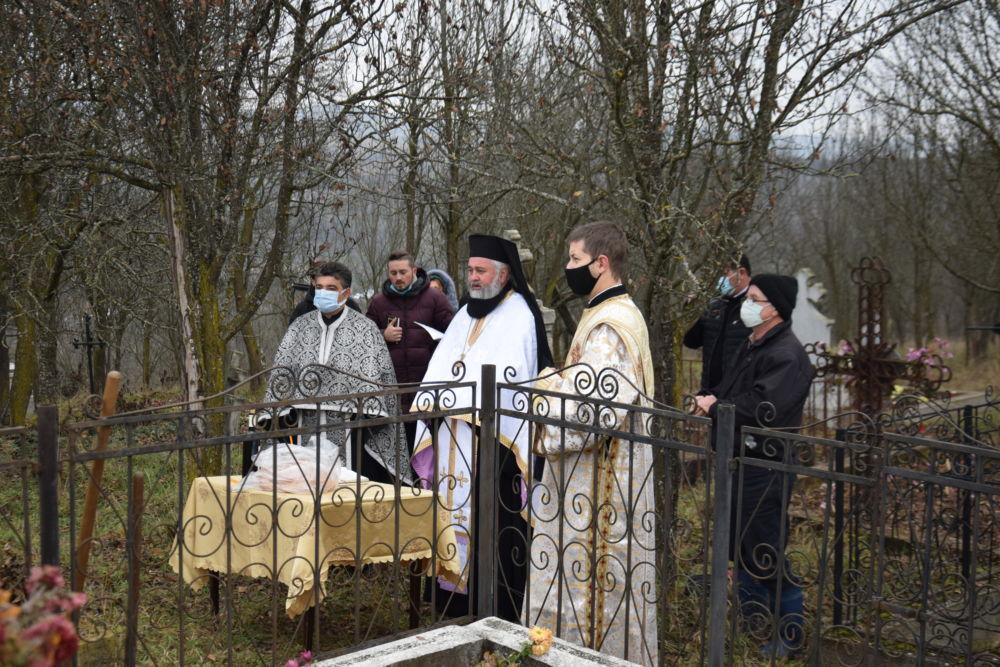 Inmormantarea credincioasei Ana Hanca, Feldioara, Cluj
